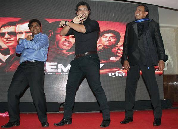 Johnny,Mahaakshay And Mithun Dance Pic During Music Launch Event Of Enemmy