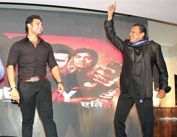 Mithun Chakraborty And Mahaakshay Shows Off Their Dance Moves At Enemmy Music Launch