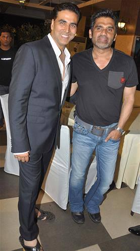 Sunil And Akshay Spotted At  Music Launch Of Enemmy