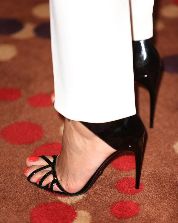 Freida Pinto Wore A Black Heels At The Chime For Change Concert In London