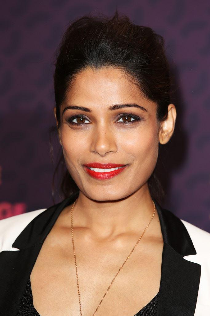 Gorgeous Freida Pinto At The Chime For Change Concert In London