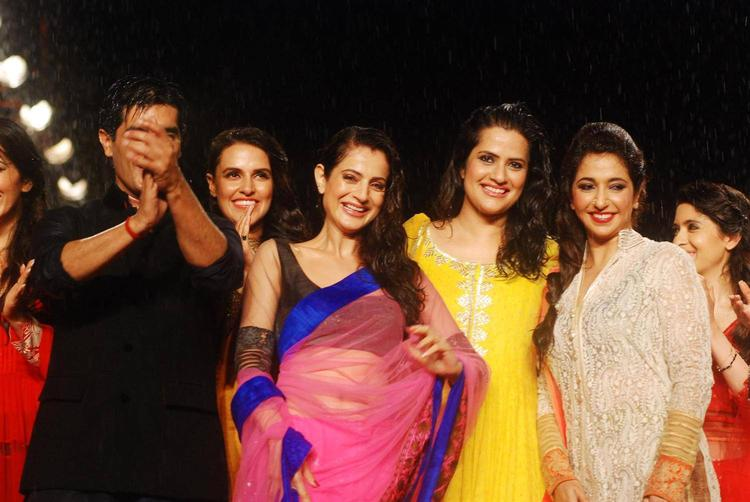 Ameesha Patel And Manish With Others During 8th Annual CPAA Fashion Show