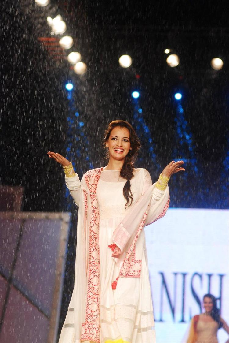 Dia Mirza Walks On Manish Malhotra's Collection For CPAA Fashion Show