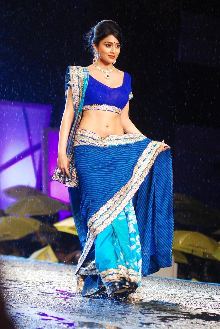 Shriya Saran Walk Ramp At 8th Annual CPAA Fashion Show