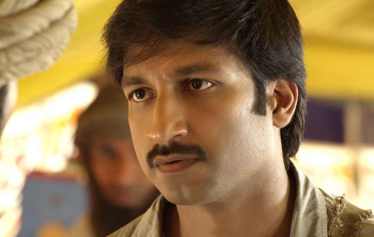 Gopichand Nice Dazzling Face Look Still From Sahasam Movie
