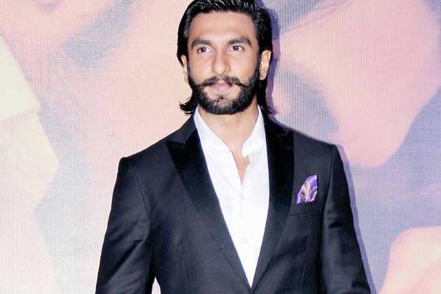 Ranveer Singh Dazzling Beard Look At Lootera Movie Audio Release Event