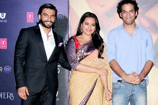 Ranveer,Sonakshi And Vikramaditya Present At Lootera Movie Audio Release Event