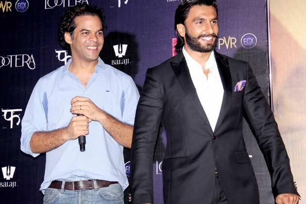 Vikramaditya And Ranveer Smiling Look During The Lootera Movie Audio Release Event