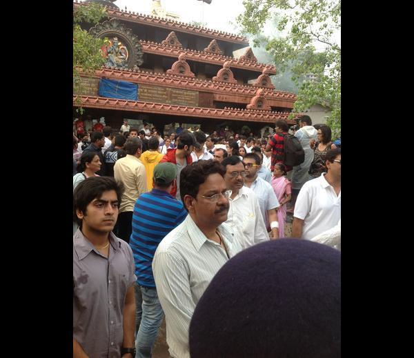 Ranbir Kapoor Spotted At Priyanka Chopra's Dad Funeral Ceremony