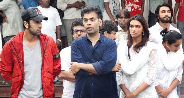 Ranbir,Karan,Deepika And Ranveer Attended The Funeral To Console The Shattered Priyanka Chopra