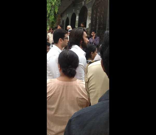 Ranveer Singh Present At Priyanka Chopra's Dad Funeral Ceremony