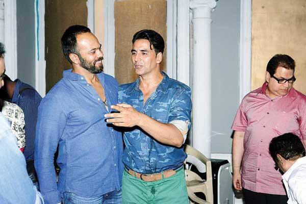 Akshay And Rohit Spotted On The Sets Of Its Entertainment