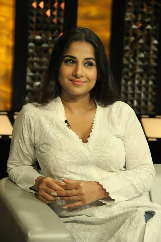 Sizzling Vidya Balan On The Front Row With Anupama
