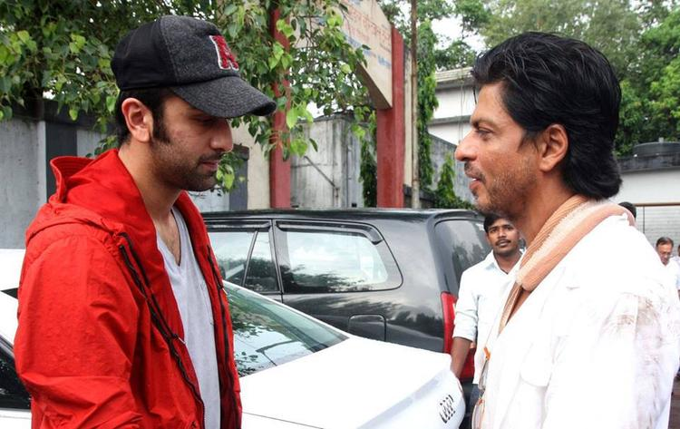 Ranbir Kapoor Discussed With SRK At The Funeral Of Priyanka Chopra's Father