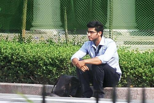 Arjun Kapoor Smart Look On The Sets Of 2 States Movie