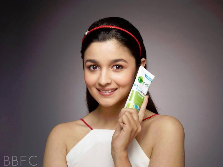Alia Bhatt For Garniers Pure Active AD