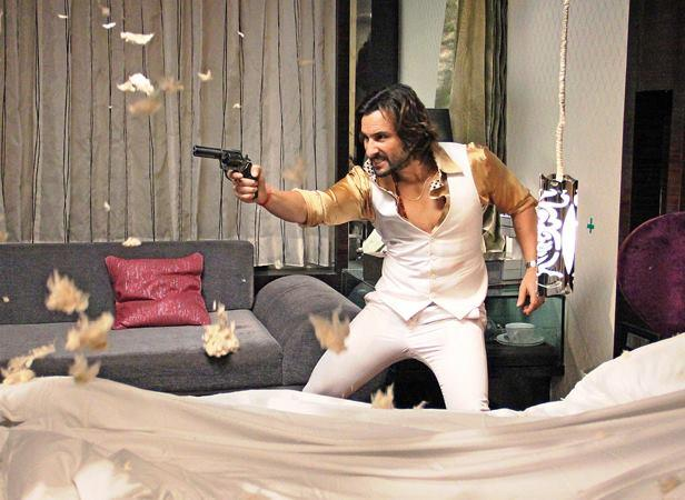 Saif Ali Khan Action Pose On The Sets Of Bullet Raja