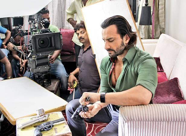 Saif Ali Khan In Relax Mood On The Sets Of Bullet Raja