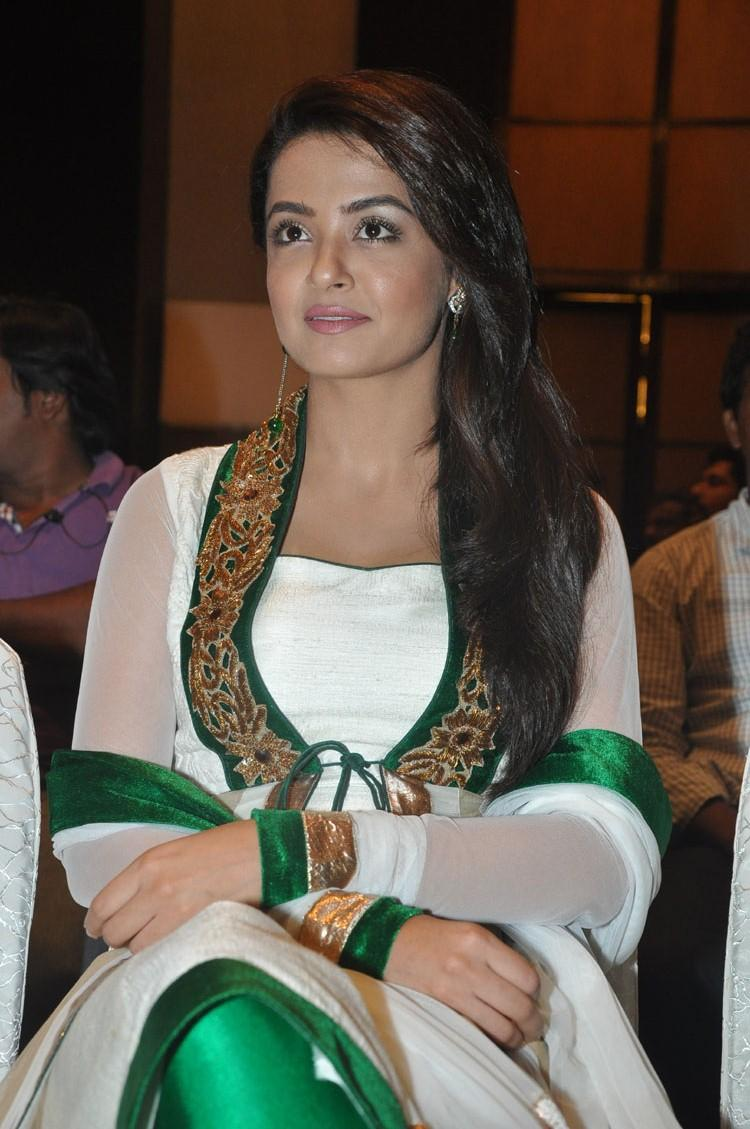 Surveen Chawla Trendy Look During The Jai Hind 2 Movie Press Meet Event