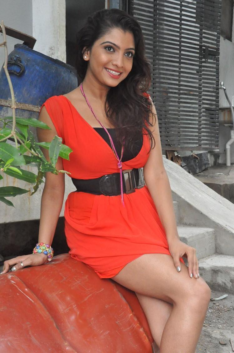Cute Sexy Madhuri Itagi Photo Shoot At Overdose Movie Opening Event