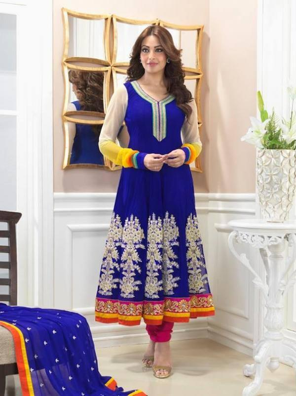 Bipasha Basu Looking Beautiful In Blue Designed Anarkali