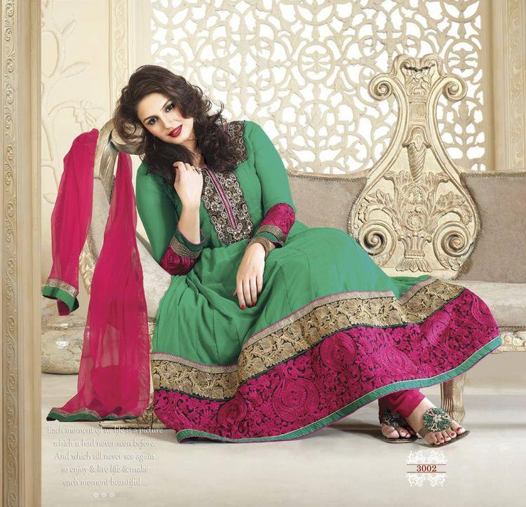 Huma Qureshi Nice Pic In Sea Green And Deep Pink Net Anarkali Suit