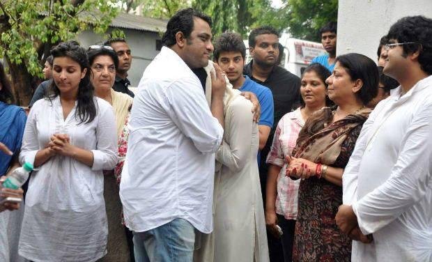 Anurag Basu At Last Rites Of Father Of Priyanka Chopra