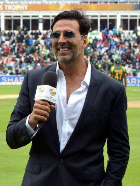 Akshay Kumar Press Meet Still During ICC Champions Trophy India Vs Pakistan Match