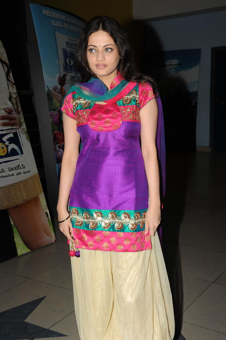 Sneha Ullal Present At Action 3D Movie Premiere Show