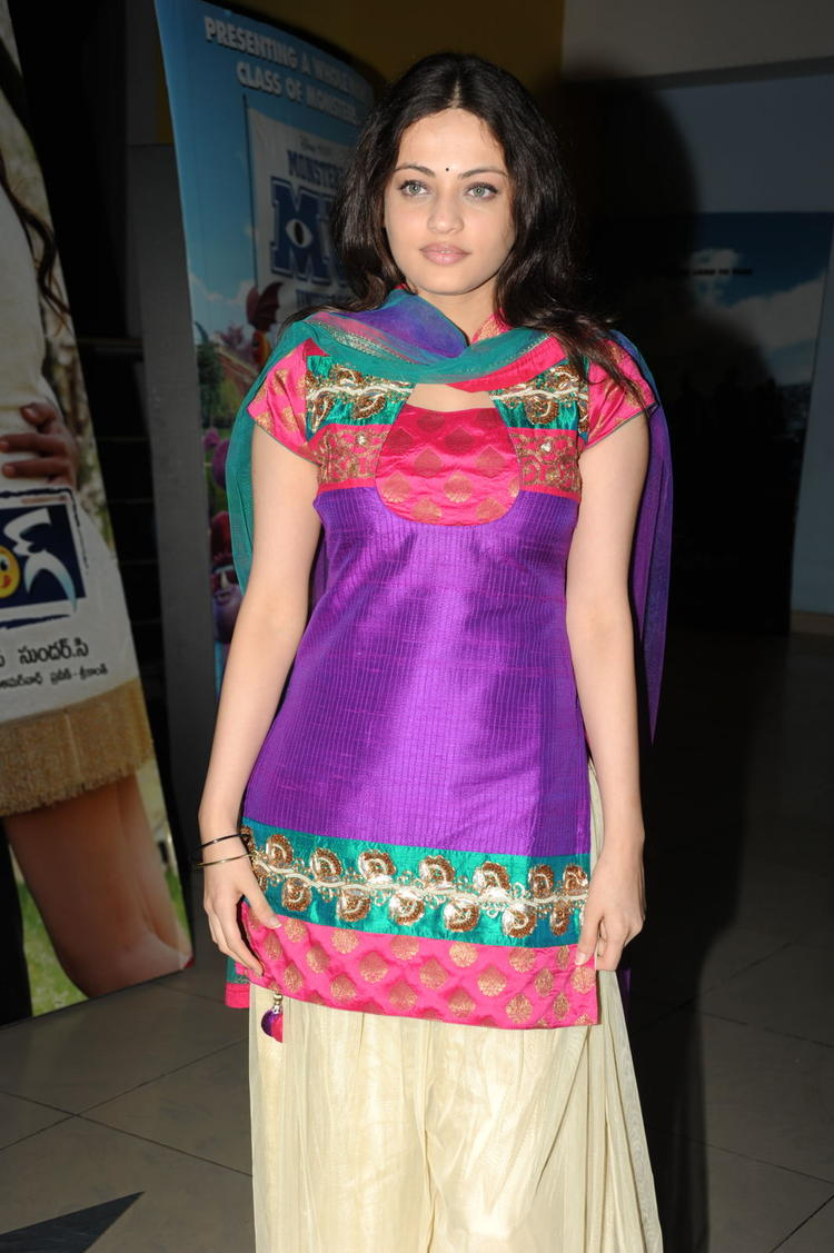 Sneha Ullal In Salwar Suit Glamour Look At Action 3D Movie Premiere Show
