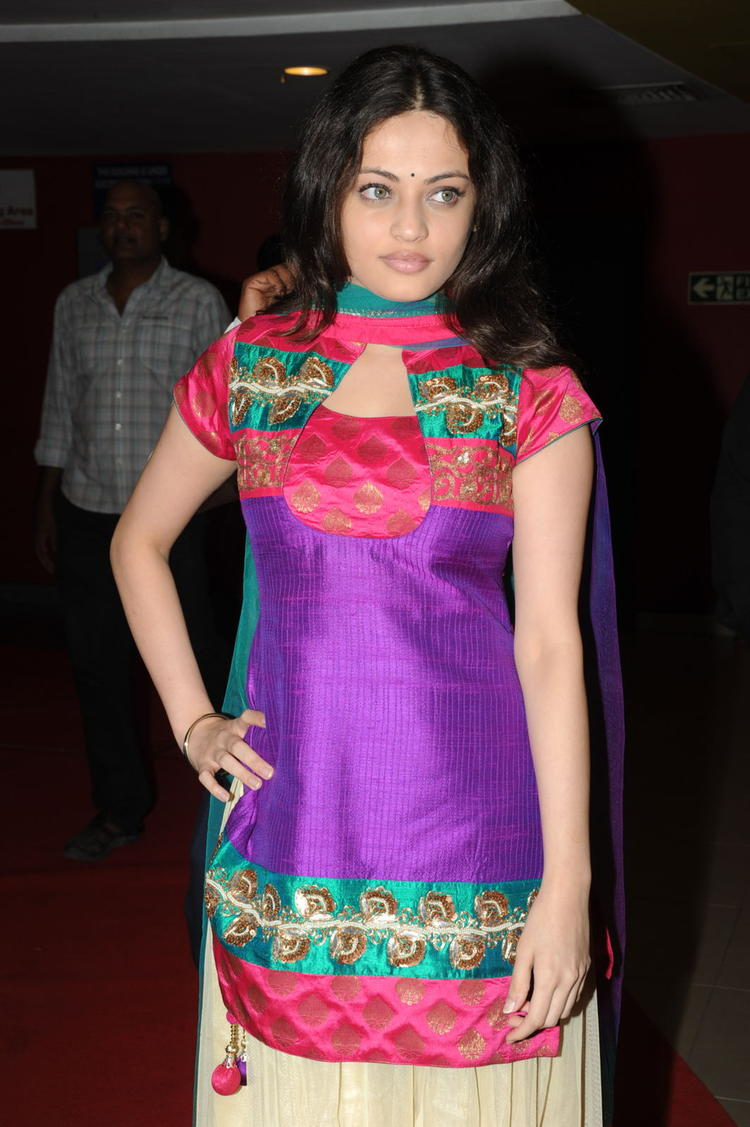 Sneha Ullal Stunning Look At Action 3D Movie Premiere Show