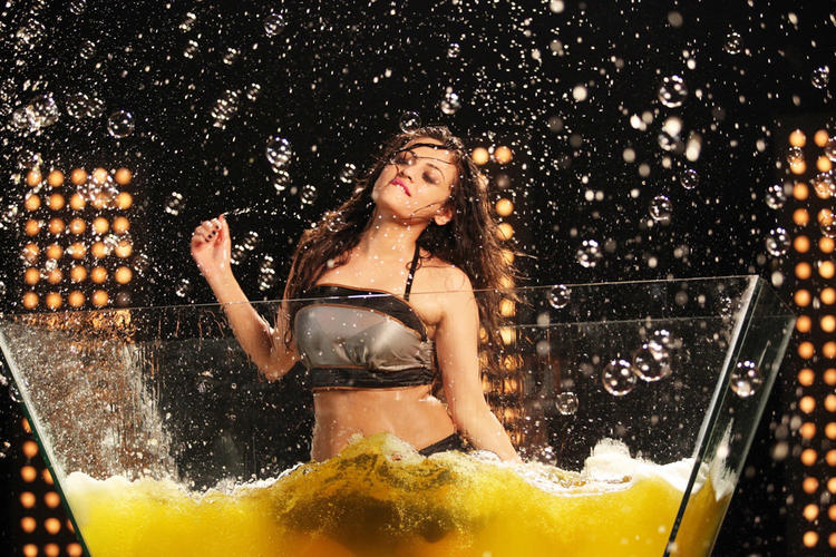 Sneha Ullal Spicy Expression Still From Action 3D Movie