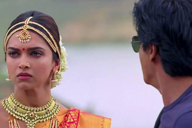 Deepika Traditional Look Still From Chennai Express Movie