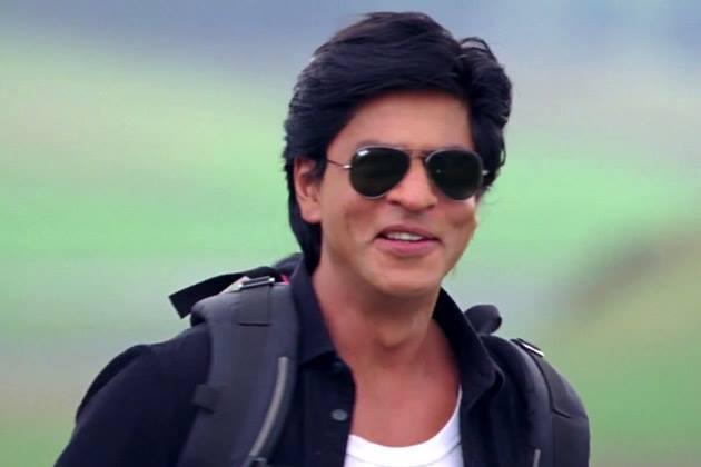 Shahrukh Khan Cute Glamour Look Still From Chennai Express Movie