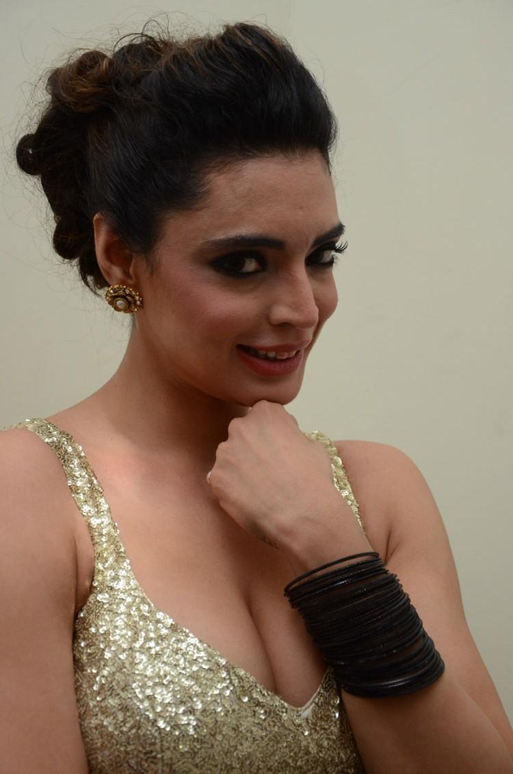 Shweta Bhardwaj Bold Expression Still At Adda Movie Audio Release Function