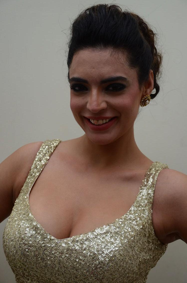 Shweta Bhardwaj Cute Smiling Pose Still At Adda Movie Audio Release Function