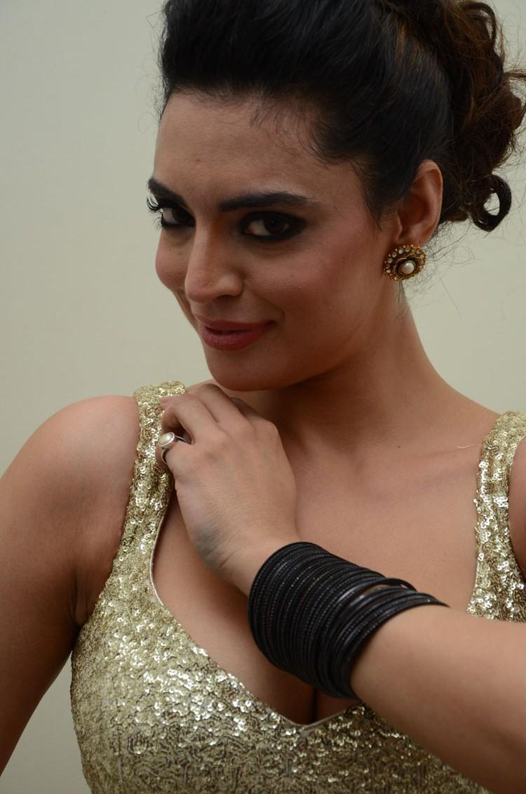 Shweta Bhardwaj Hot Eyes Look Still At Adda Movie Audio Release Function