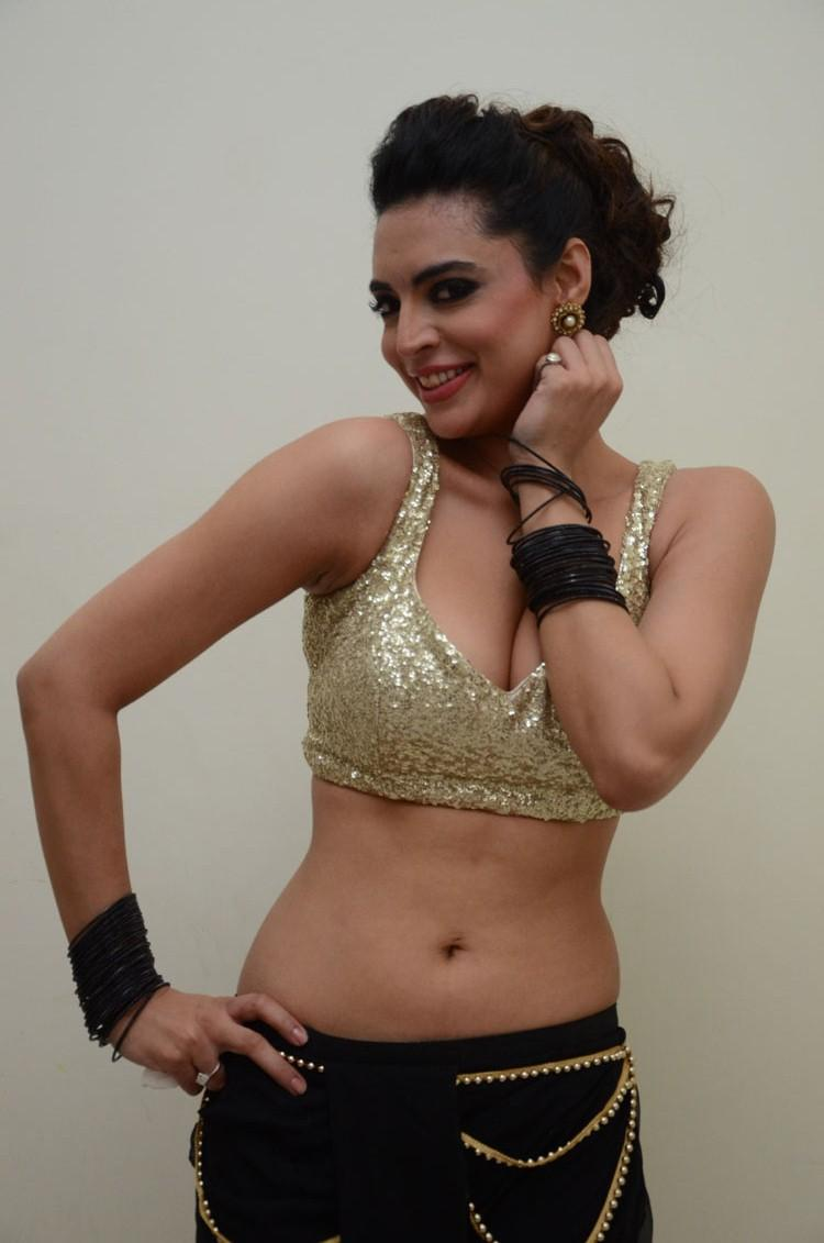 Shweta Bhardwaj Navel Show Hot Look At Adda Movie Audio Release Function