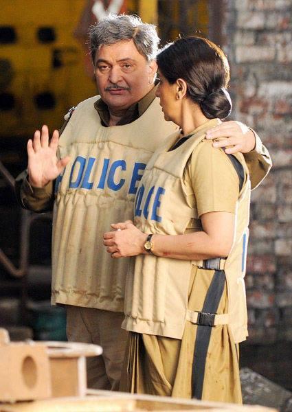 Rishi And Neetu Latest Photo On The Sets Of Besharam