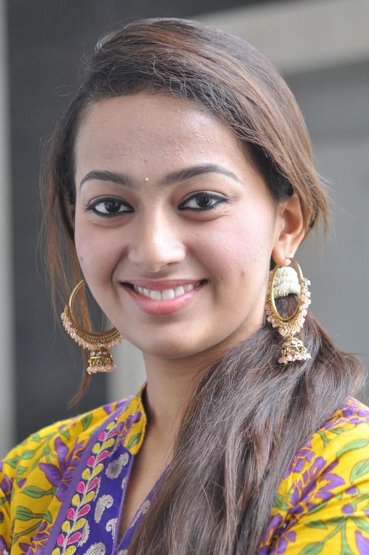 Esther Sweet Smiling Face Still During 1000 Abaddalu Press Meet