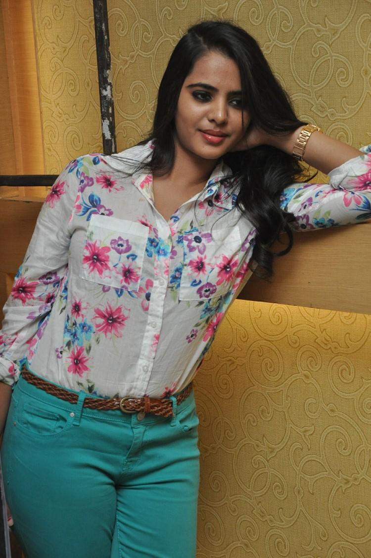 Telugu Actress Manasa New Stills At Romance Movie Press Meet