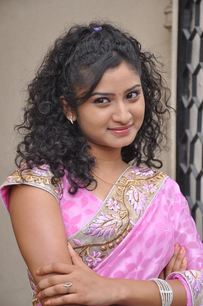 Vishnu Priya Curly Hair Stylsih Look At Prayaas Style Affair Life Style Exhibition Launch Event