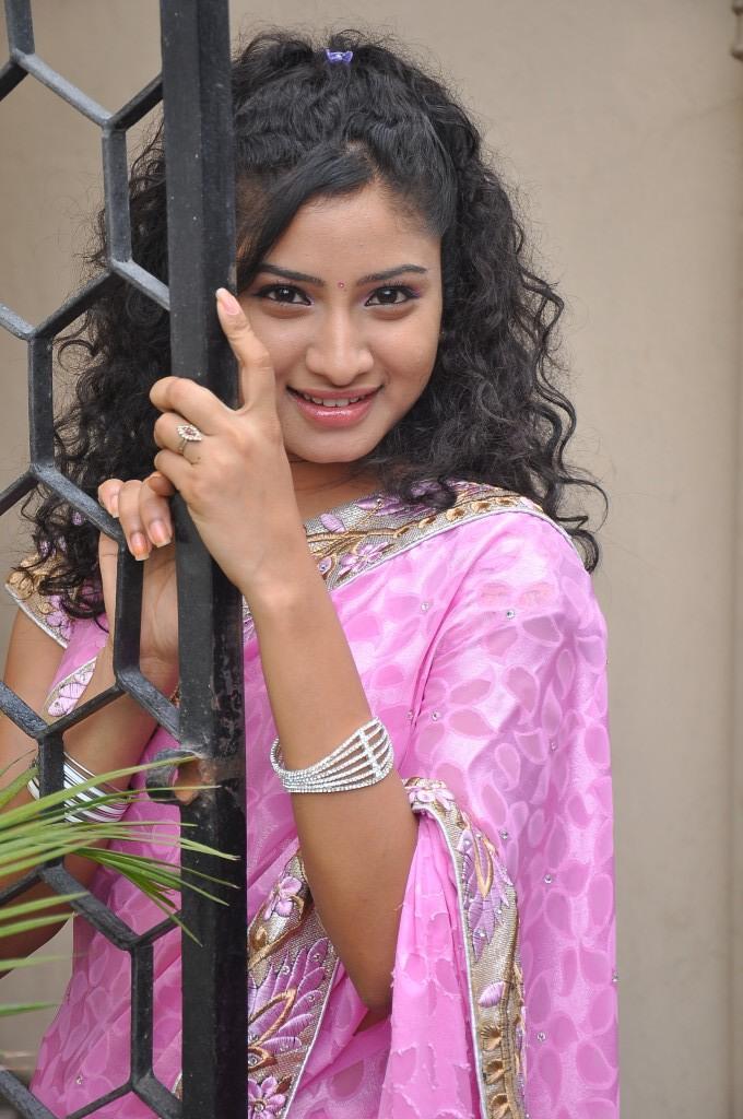 Vishnu Priya Strikes A Pose At Prayaas Style Affair Life Style Exhibition Launch Event