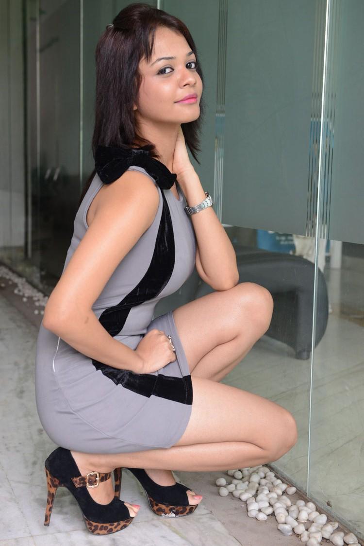 Henna Chopra Strikes A Pose During Music Magic Logo Launch Function