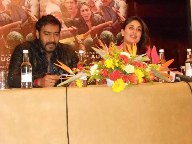 Kareena And Ajay Launch Their Upcoming Flick Satyagraha Trailer