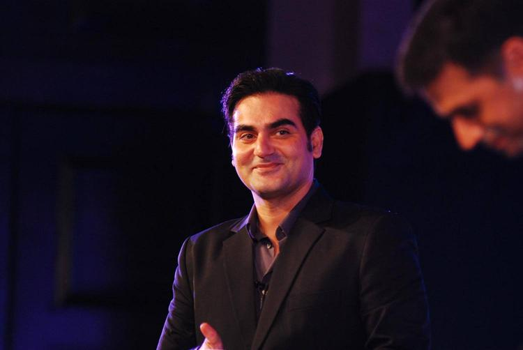 Arbaaz Khan Cool Smiling Pose During The Unveiling Of Gillette Fusion Power