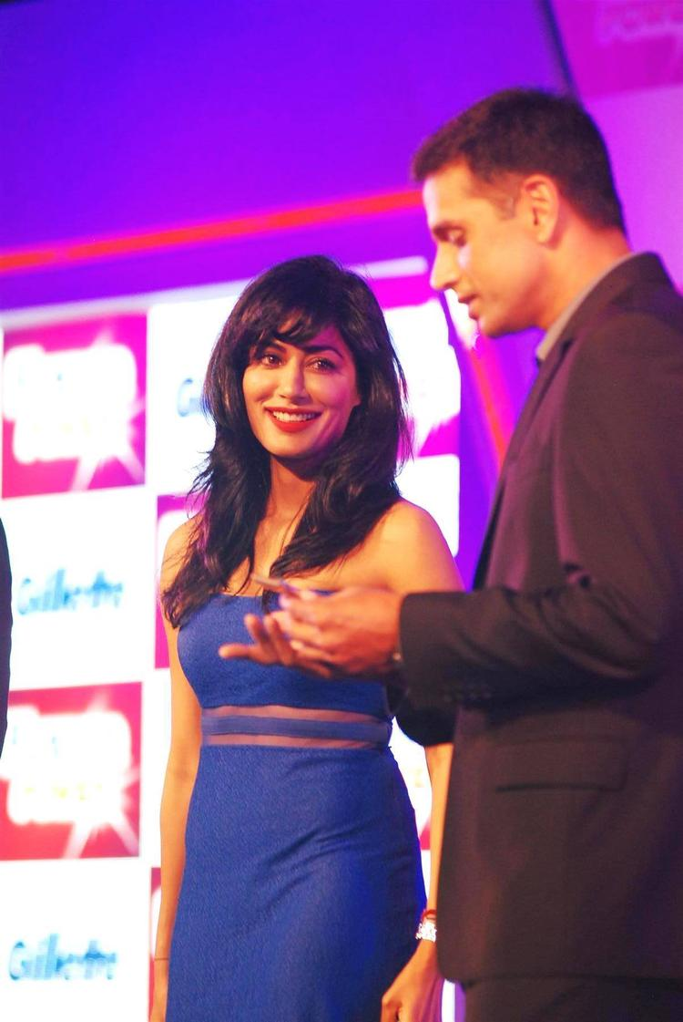 Chitrangada And Rahul Cool Gossip At The Launch Of Gillette Fusion Power