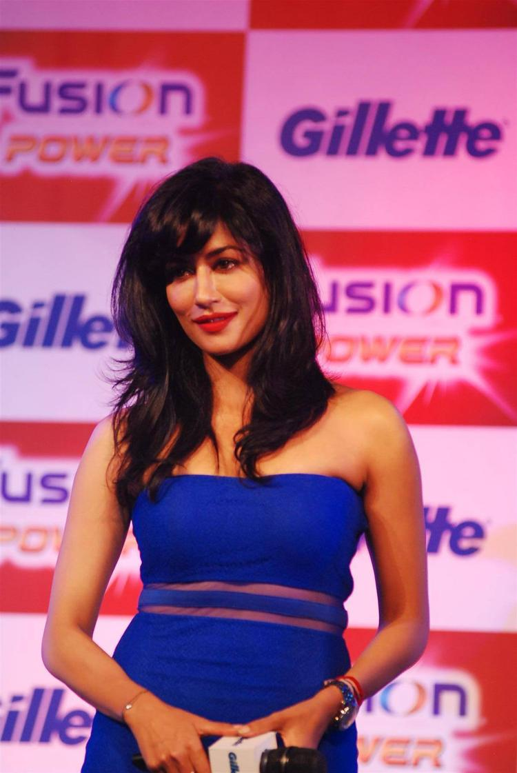 Chitrangada In Blue Strapless Dress With Red Lippy Gorgeous Look At Gillette Fusion Power Launching Event