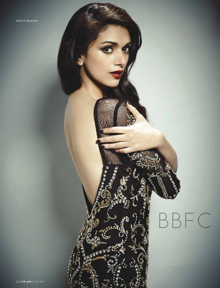 Aditi Rao Hydari Sexy Back Bare Pose For The Man Magazine June 2013 Issue