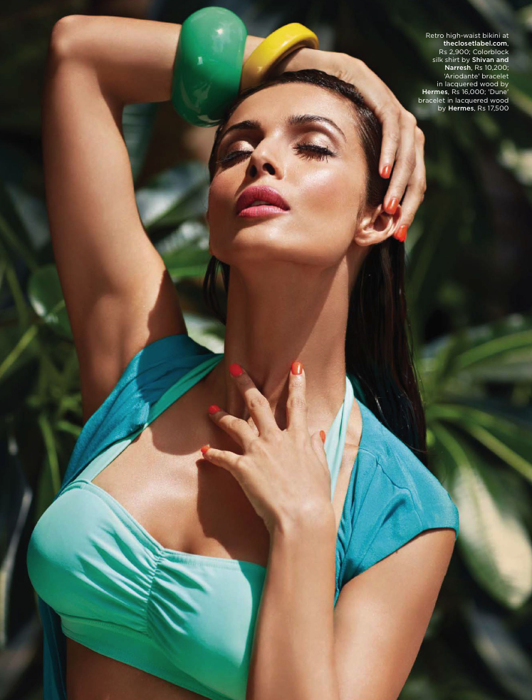 Malaika Latest Spicy Stunning Look Photo Shoot For Mans World June 2013